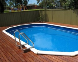 stern whitsunday pool